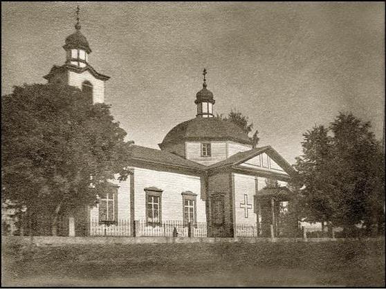 Приходская церковь Евфросинии Полоцкой на погосте (в селе) Рудня современная деревня Лобок, построена в 1854 году, после разделения Озерищенского прихода на 2-е части: Озерищенский приход и Руднянский.