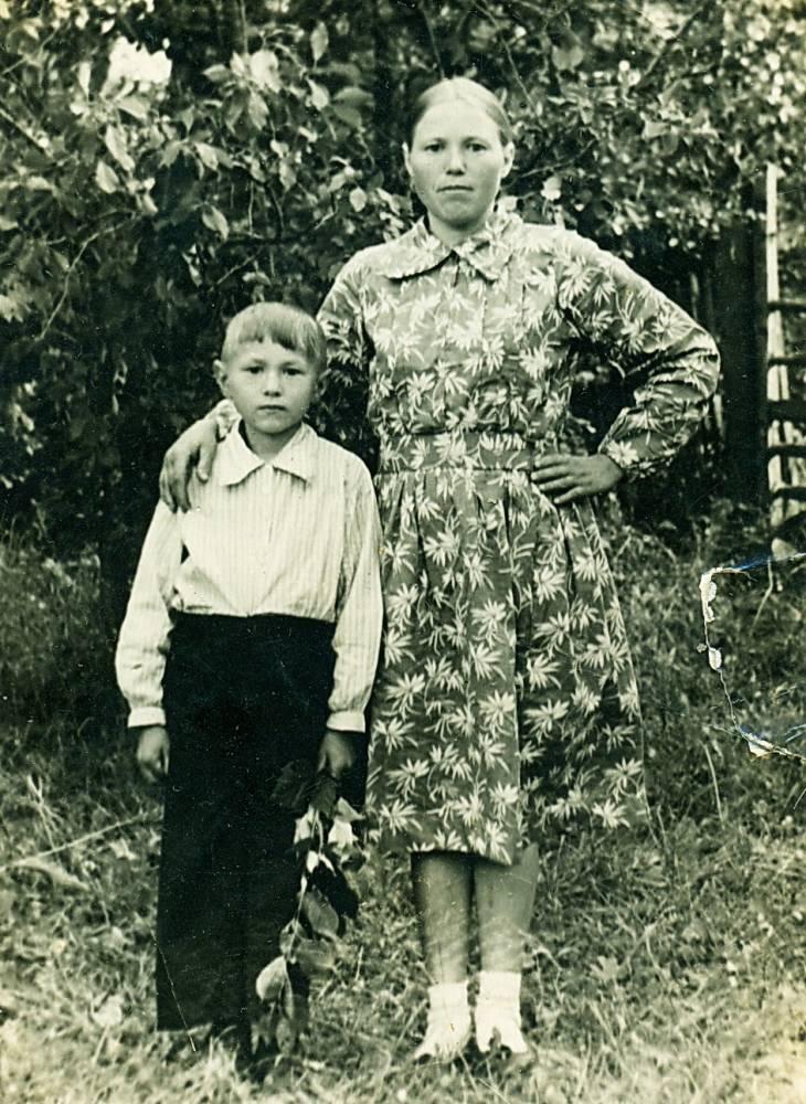 Вера Грабенюк з сынам...