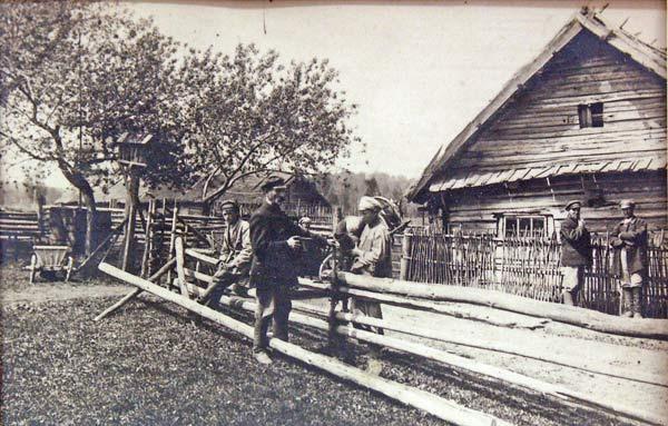 Даўгінічы. Хутар 'Падцярок' каля пачаткаў Нёману.<br>Фота Л.Дашкевіча, 8-19 траўня 1923г.