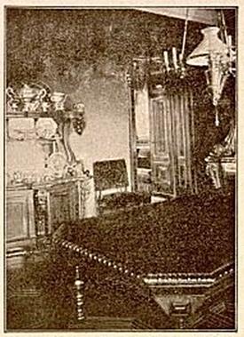 Nowosiółki - wnętrze pałacu. Zdjęcie pochodzi z wydawnictwa