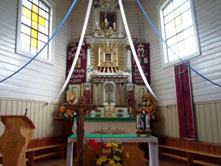 Wnętrze kościoła w Gudogajach