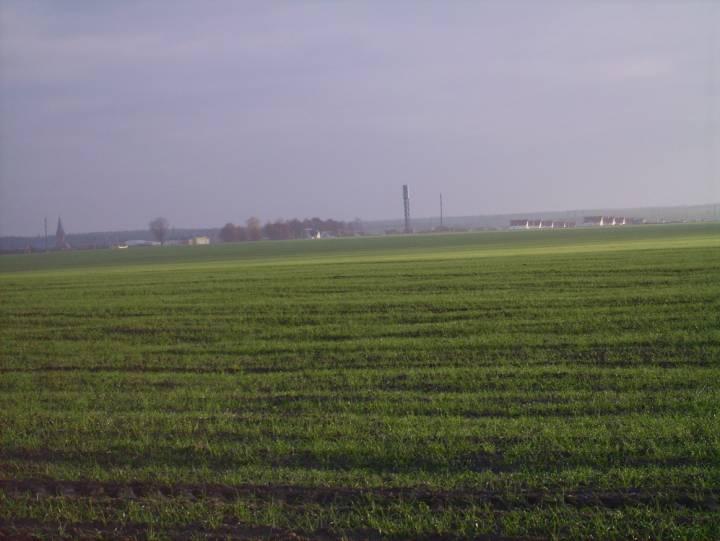 Widok na miasteczko od strony Łyntupskiej Drogi. Widoczny kościół, szkoła, wieża ciśnień, nowe budynki mieszkalne.