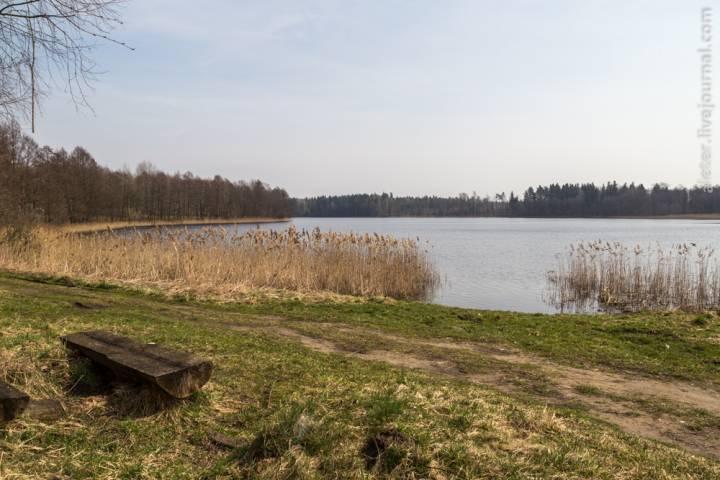 Озеро Локно