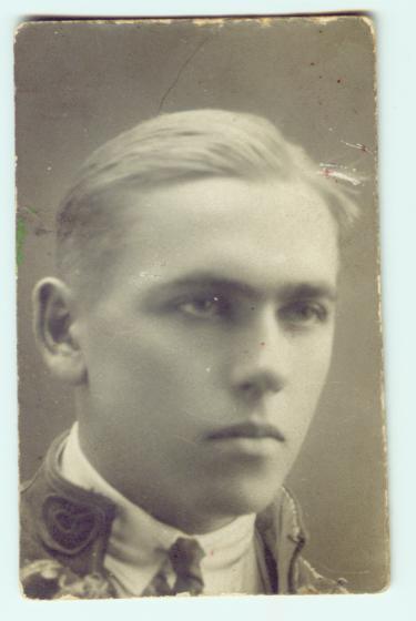 Sarny rok 1928,Lusik Koniczek-wnuczek siostry mego Dziadka z d.Nowotnej