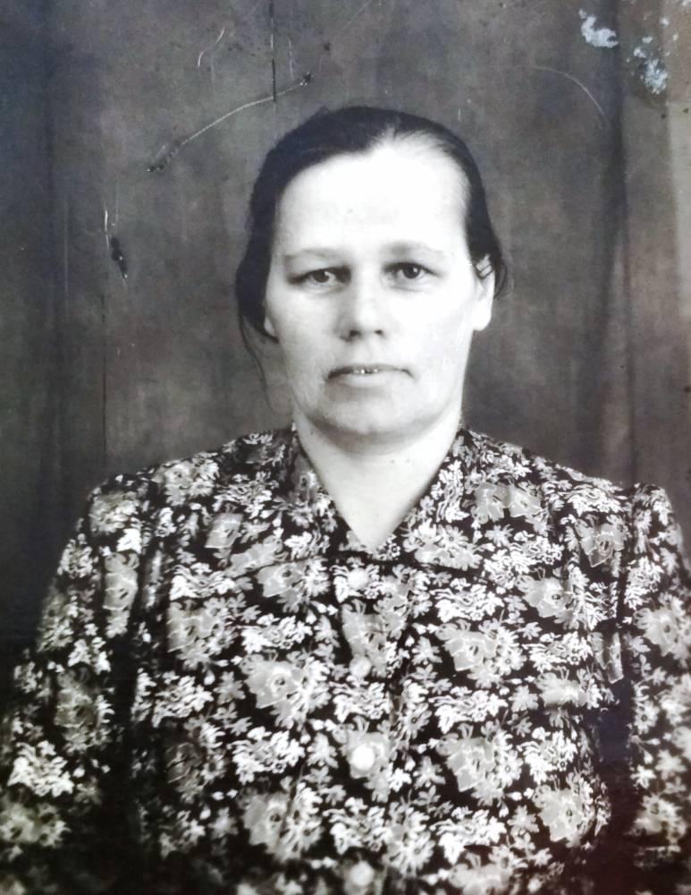 Кравчук(Буховецкая) Ольга Николаевна 1906