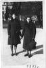 Wilno, 1943 r. Mama Genowefa Szymkiewicz zd. Tatol z koleżanką Zosią, bodajże Gasperowicz, po wojnie pani Zosia mieszkała w Olsztynie.