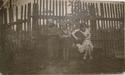 Wilno, ul. Stroma 5a. Mateusz Tatol (1872  - 1955) obok moja mama Genowefa Tatol (1922 -1979). Panienki z pieskiem nie znam.