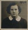 Wilno 1940r. Genowefa Tatol, moja mama ma na tej fotografii 18 lat.