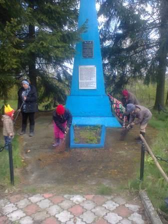 Памятник в честь воинов, павших за независимость Родины в период ВОВ 1941-1945