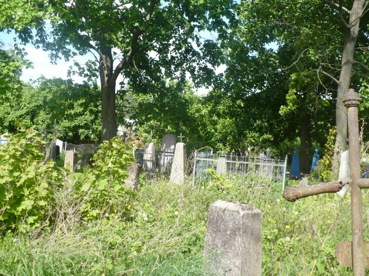 Uїanka, najstarsza czкњж cmentarza