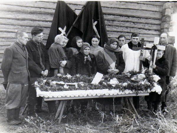 Pogrzeb kogoś z rodziny Bancewicz