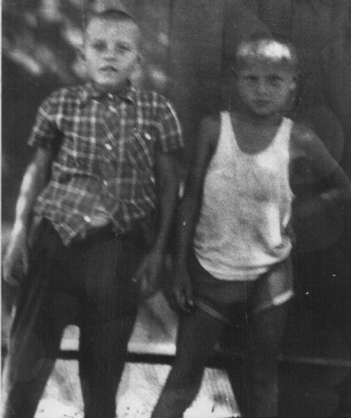 Шаповалов Николай Владимирович<br>Стрибук Валерий Михайлович, 23.09.1970<br>жители  д.Ковака