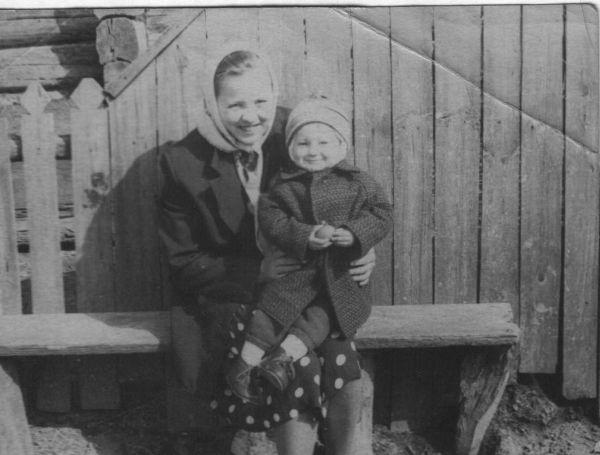 Макаренко (Смальцер) Лидия Ивановна<br>Макаренко Александр Михайлович 22.11.1962