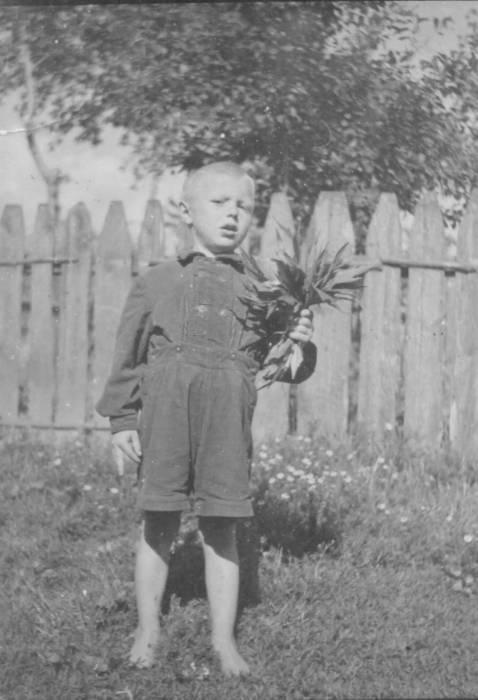 Пузанов Пётр Алексеевич 1952 г.р.<br>июнь1957 года